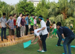 Teamwork Challenges in Vinh Yen