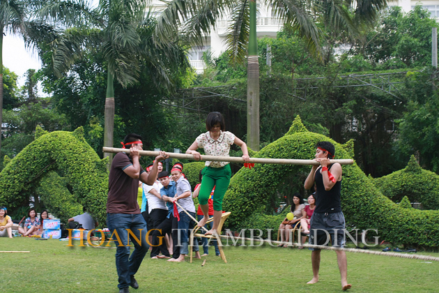 Teamwork Challenges in Vinh Yen - News - Hoang Team Building